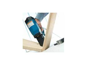 Wavy nail hammering tools